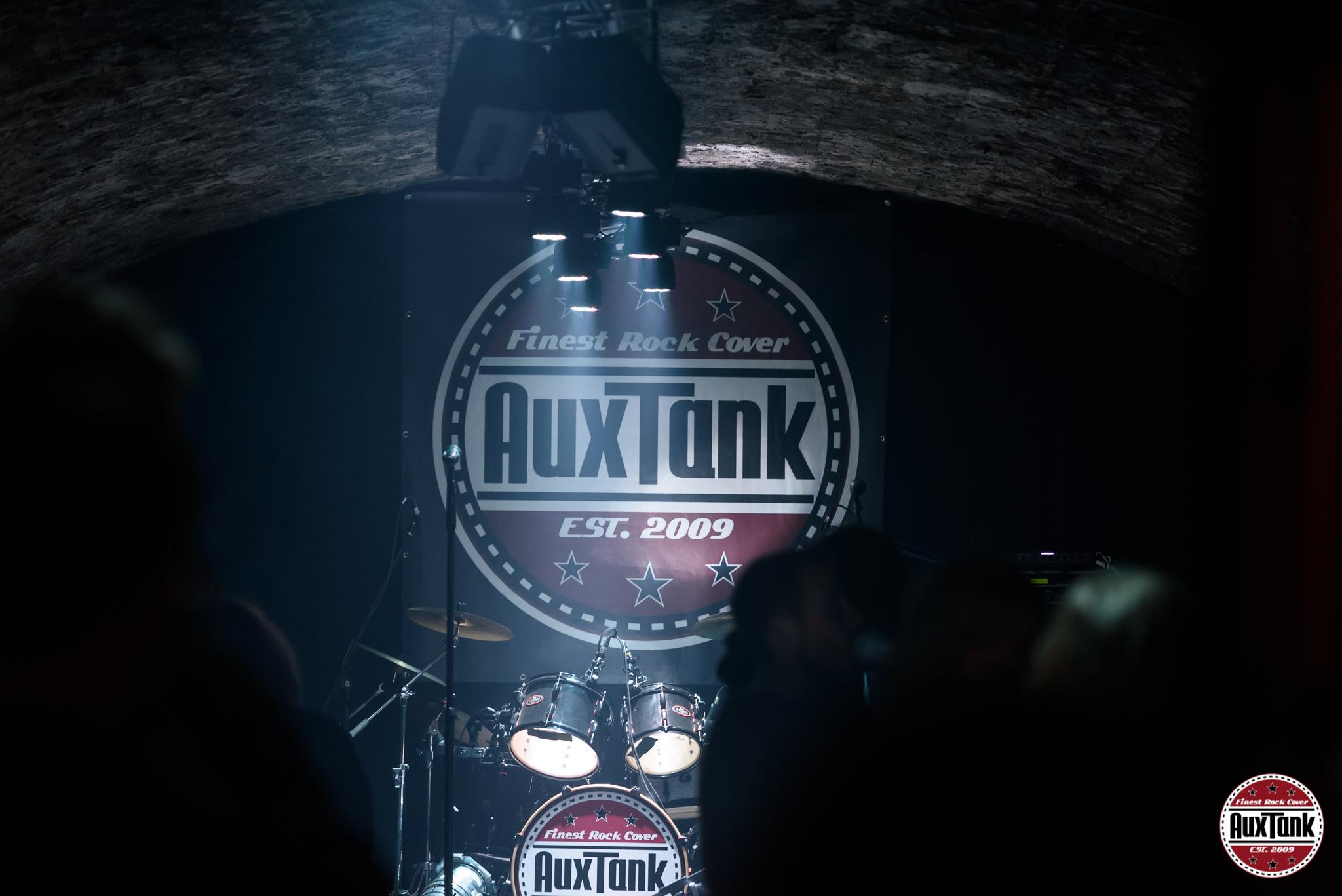 2018-12-01_22-29-08_AuxTank_2048px